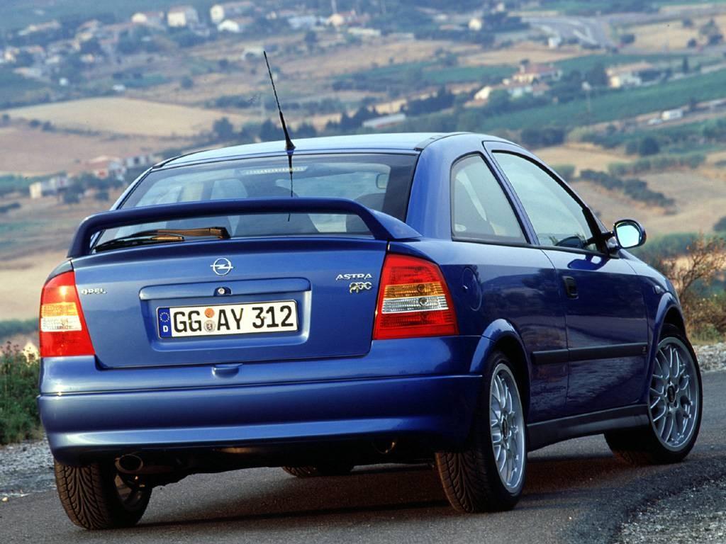 Фото 4 Opel Astra 5 дв. хэтчбек.